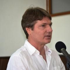 Dr. Viorel Oleniuc
